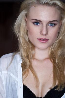 Model: Victora K.