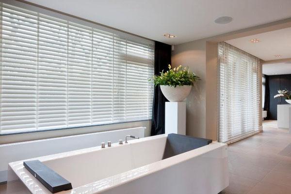 ma salle de bain contemporaine : ambiance bois