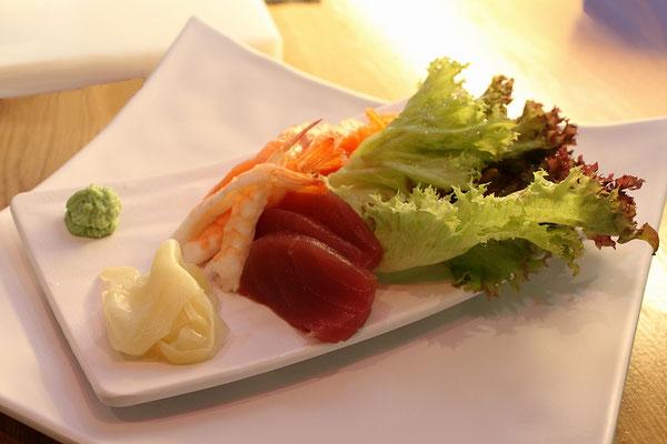 Salat fmit Fisch
