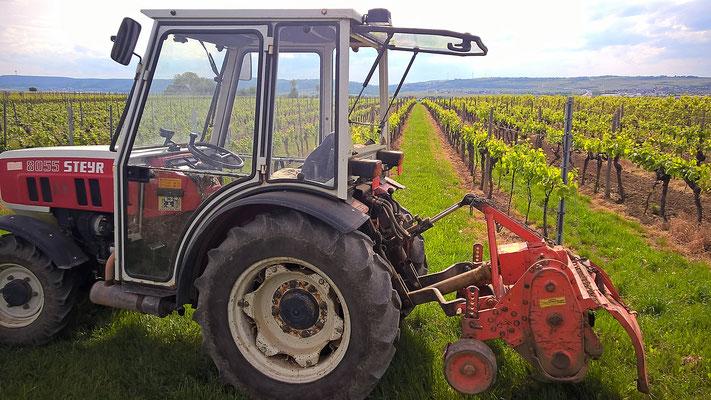 Traktor mot Howard-Fräse