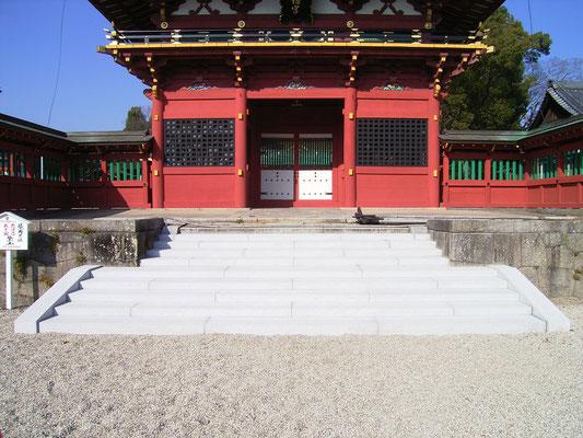 伊賀八幡参門階段工事