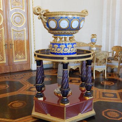 Русский музей, ваза в Белом зале