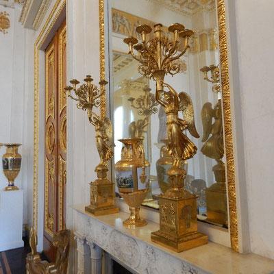 Русский музей, интерьерное  зеркало в Белом зале Михайловского дворца