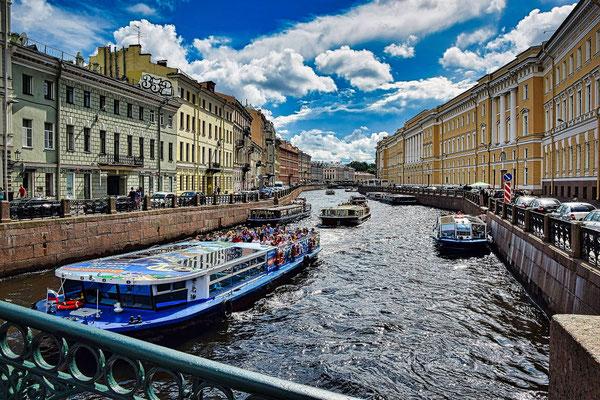 Bootsfahrt in St Petersburg