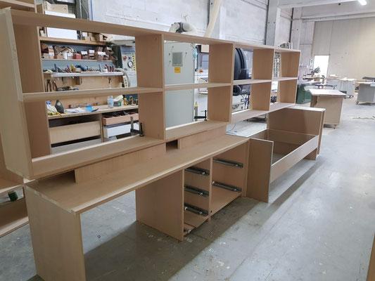 Lavorazione e costruzione mobili su misura