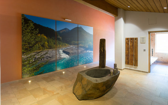 Wellnessbereich, Hotel Post, Steeg, 3-teiliges Wandbild 250 x 450 cm