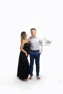 photographe en couple pour la grossesse a fréjus