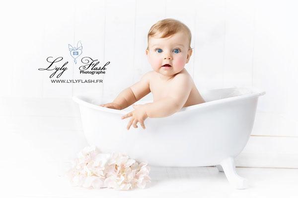 photographe bébé bain de lait  cotignac la croix valmer
