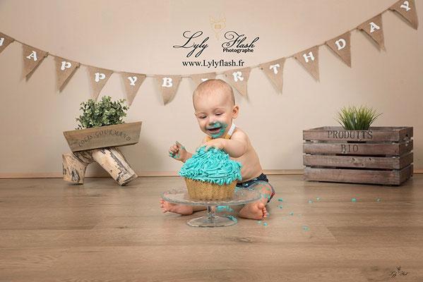 photographe pour anniversaire de bébé Smash the cake a Draguignan dans le var