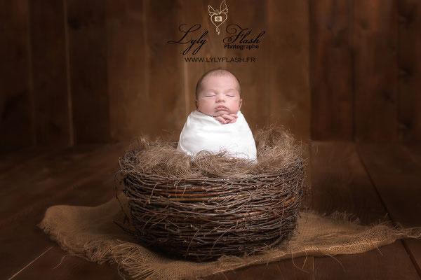 photo posing newborn photographe brignoles var