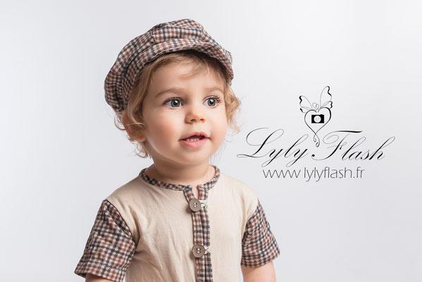 portrait photo studio enfant bébé var toulon monaco hyeres frejus nice draguignan