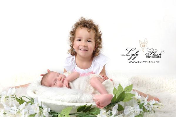 studio photo lyly flash vous acceuille près d'aix en provence pour une séance photo naissance