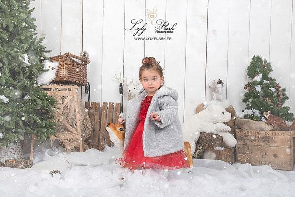 photographe noël, noel dans la neige photo studio lylyflash