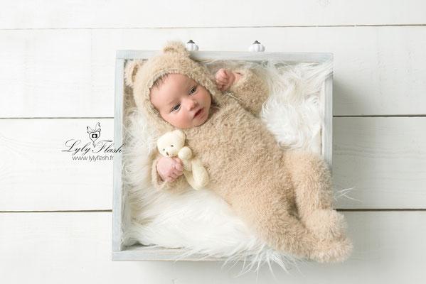 photographe nouveau-né  bébé Nans les pins