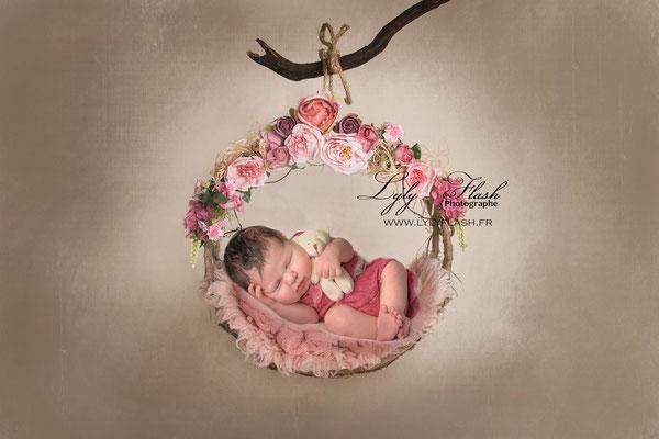 Photographe naissance bébé  flower