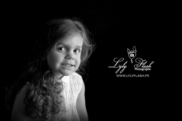 photo noir et blanc portrait enfant photographe var