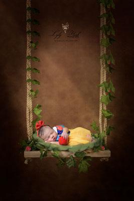 Photographe naissance bébé  blanche neige