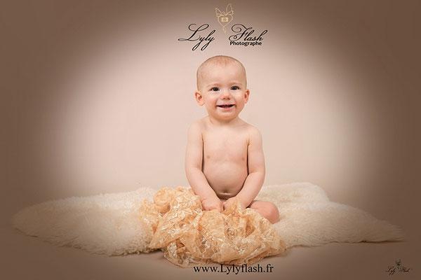 photo de bébé 1 an photographe de brignoles et hyères