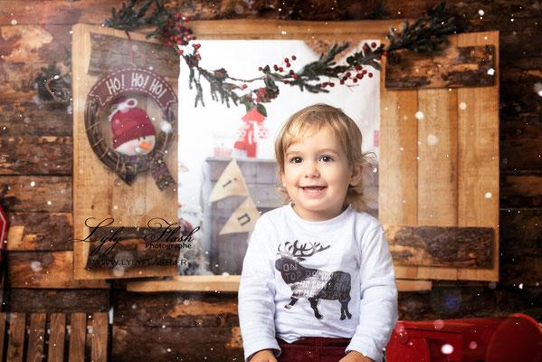 photographe enfant décor magique studio photo Méounes mazaugues Toulon Brignoles Saint maximin néoules Besses sur issoles