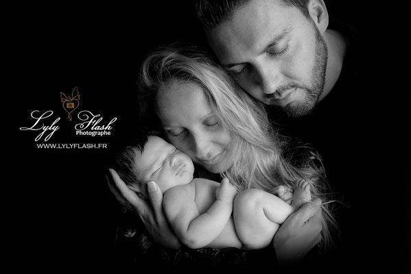 photographe nouveau-né  bébé les mayons