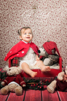 meilleure photographe de france en studio pour portrait de bébé