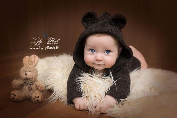 photographe bébé var toulon photo mignone 4 mois
