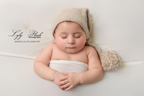 photographe bébé 3 mois studio photo bébé lutin