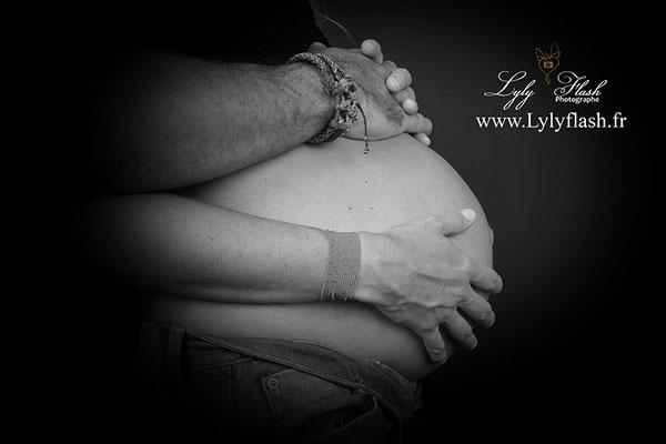 photo grossesse noir et blanc par photographe var