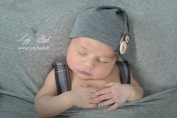 photo bébé nouveau-né newborn photographe naissance draguignan var 83