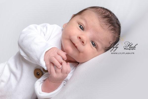 portrait de bébé à draguignan par photographe de france