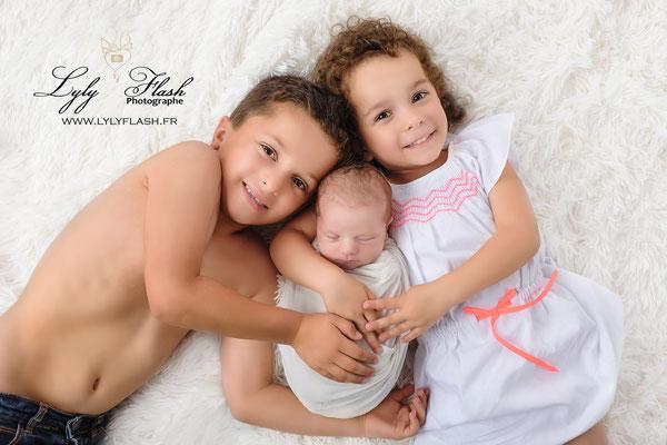 une photo par la spécialiste de la photographie de naissance Lyly flash