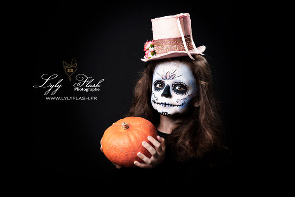 photographe  photo enfant halloween grimage pour halloween maquillage en studio photo