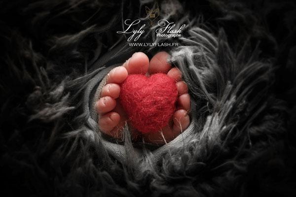 photo pieds bébé naissance