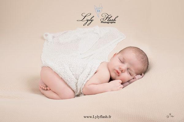 photographe nouveau-né var bébé