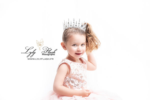 portrait photo enfant princesse fille aix en provence monaco