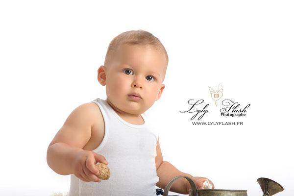 photographe portrait bébé garcon 12 mois anniversaire cadeau