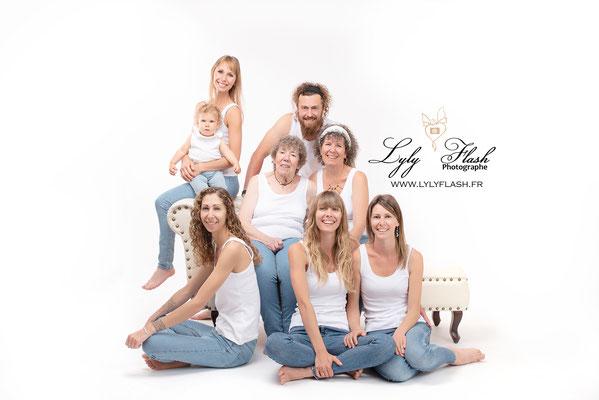 photographie posing en famille en studio sur saint maximin la sainte baume