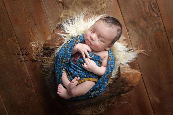 photographe studio bébé métisse naissance Afrique Toulon Marseille Aix en provence France Brignoles méounes mazaugues