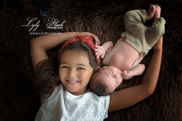 photographe naissance bébé avec ta grande soeur