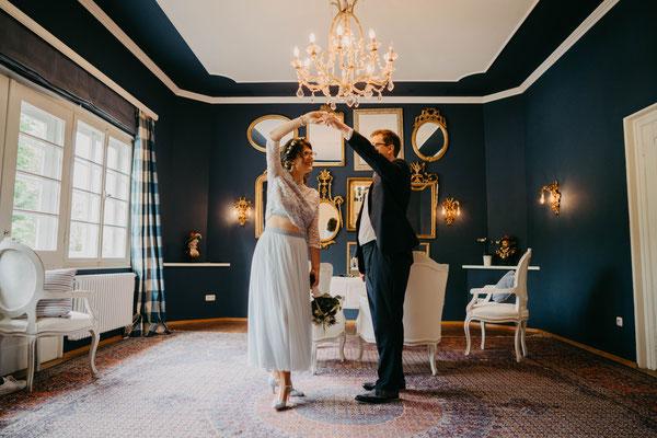 Heiraten im Allgäu - Heiraten in Oberstdorf - Blauer Salon - Allgäu Fotografie