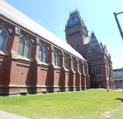 Harvard... Hat was von Hogwarts