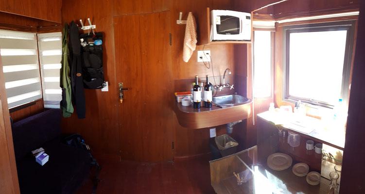 Küche alias Wohnzimmer
