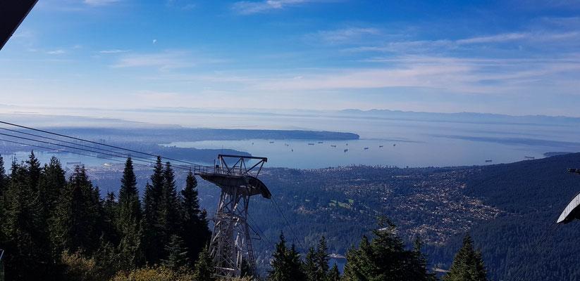 Aussicht auf Vancouver City vom Mount Grouse