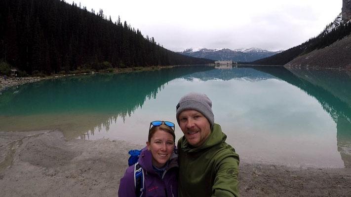 Lake Louise mit dem Fairmont Hotel im Hintergrund