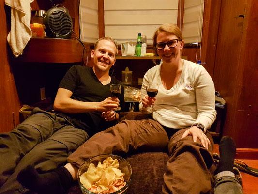 Wir hiessen Lea mit einer guten Flasche Wein aus Cafayate willkommen