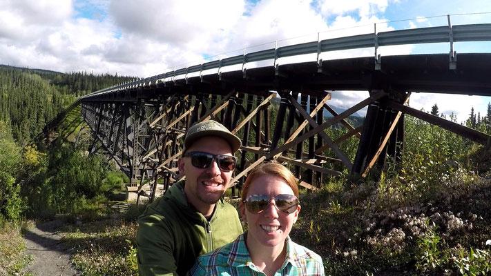 Diese Brücke hatte bis vor kurzem noch keine Leitplanken!!!!