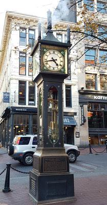 Steam Clock. Uhr die mit Dampf betrieben wird.