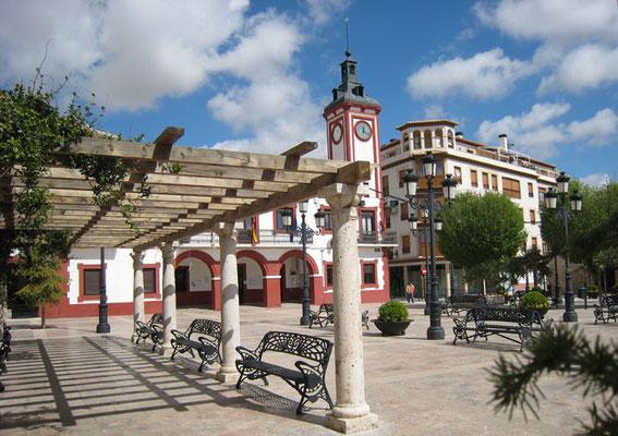 Place d'Espagne, et la Mairie