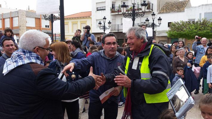 2016 - Pascal arrive à Pedro Muñoz après 1200 kms sur sa motobécane