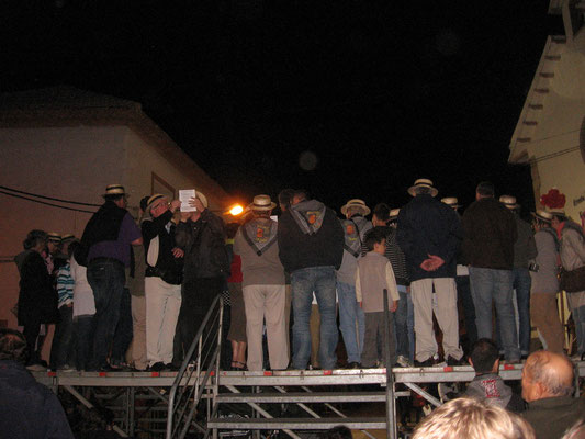Les Amis de Pedro Muñoz invités à chanter avec une troupe espagnole